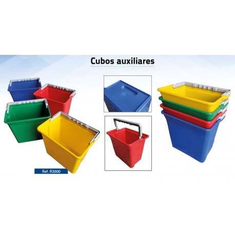 Cubos de 6 litros cuadrados para carros de limpieza